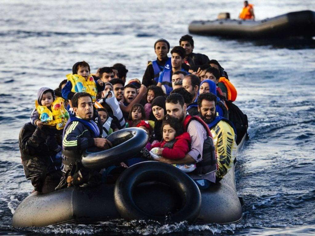 Duizenden vluchtelingen op de vlucht