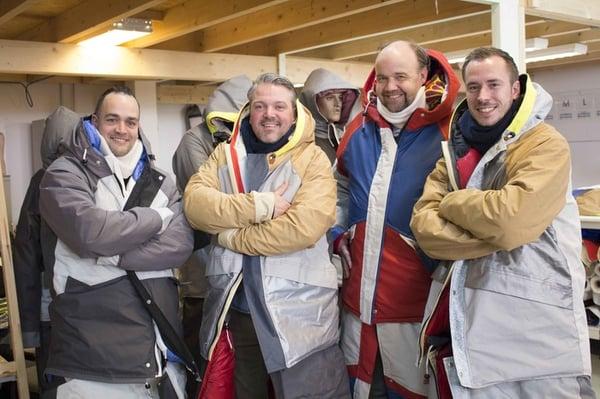 Team Twepa op bezoek bij de Sheltersuit Foundation.