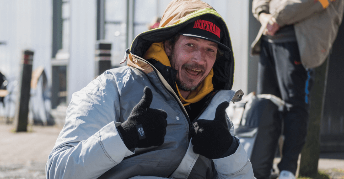 Warm welcome: 50 Sheltersuits handed out to homeless people in Alkmaar